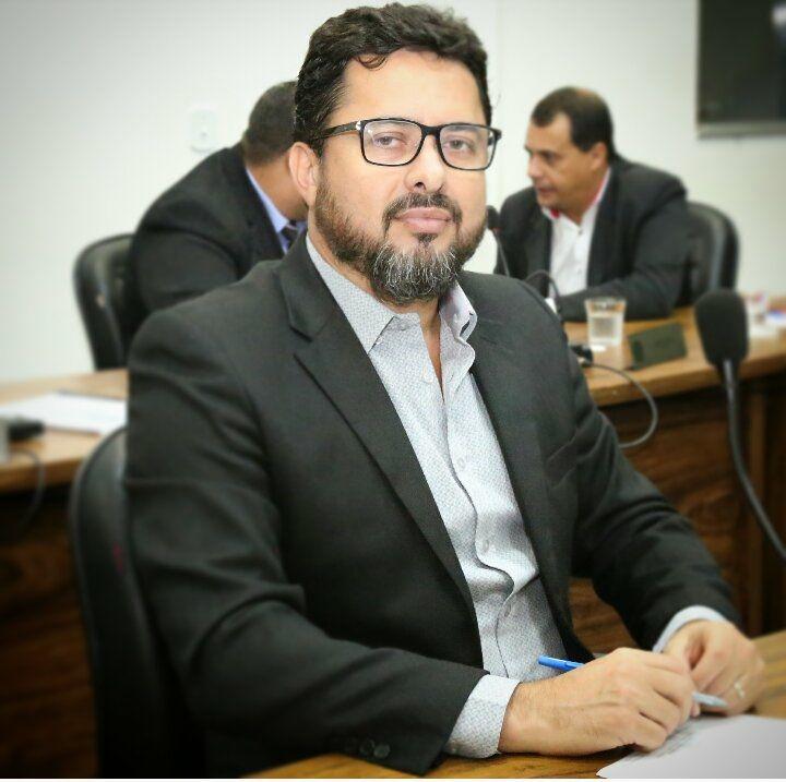 Pré-candidato em Catalão pelo PSB, Marcelo Mendonça é o quarto ...
