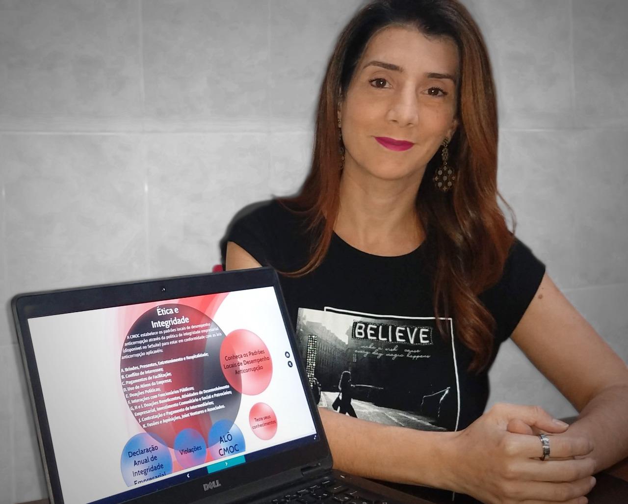 Fernanda Queiroz, analista de Governança e Controles Internos da CMOC acompanhou todas as declarações do Programa Anual de Integridade