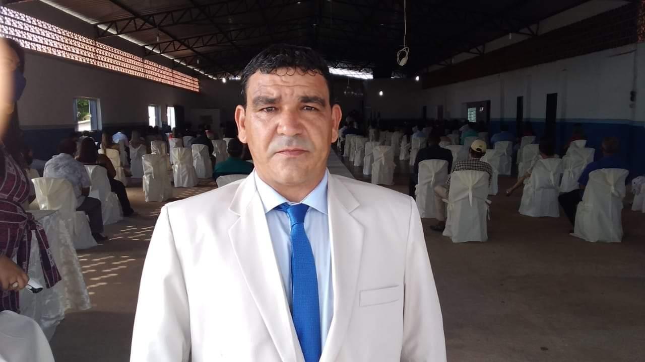 João Pereira Campos, popularmente conhecido como João do Dercy, é eleito presidente da Câmara Municipal de Santa Cruz de Goiás(Reprodução)