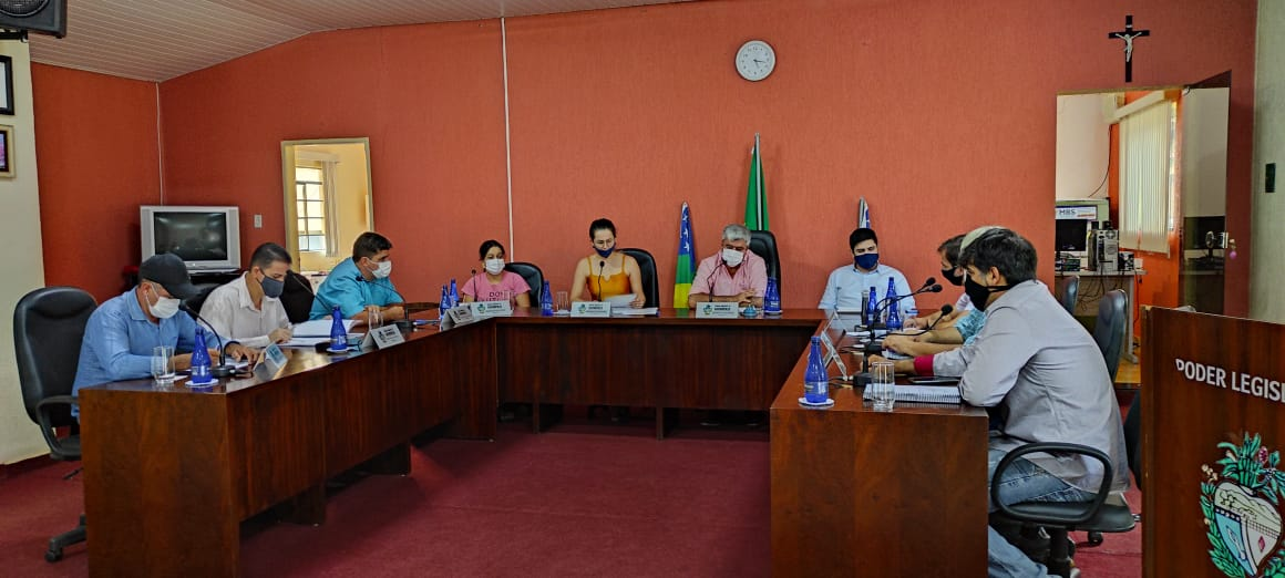 Parlamentares no plenário Renato Manoel da Silva (Imagem: Carlos Duarte / Sdnews)