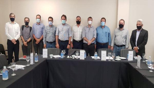 Segmento Empresariais de Goiás durante Fórum em Goiânia