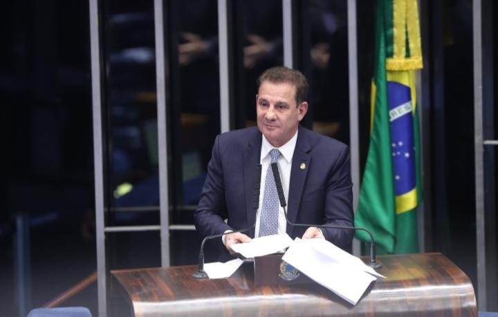 Senador Vanderlan Cardoso em sessão no Senado Federal (Arquivo/Sdnews)