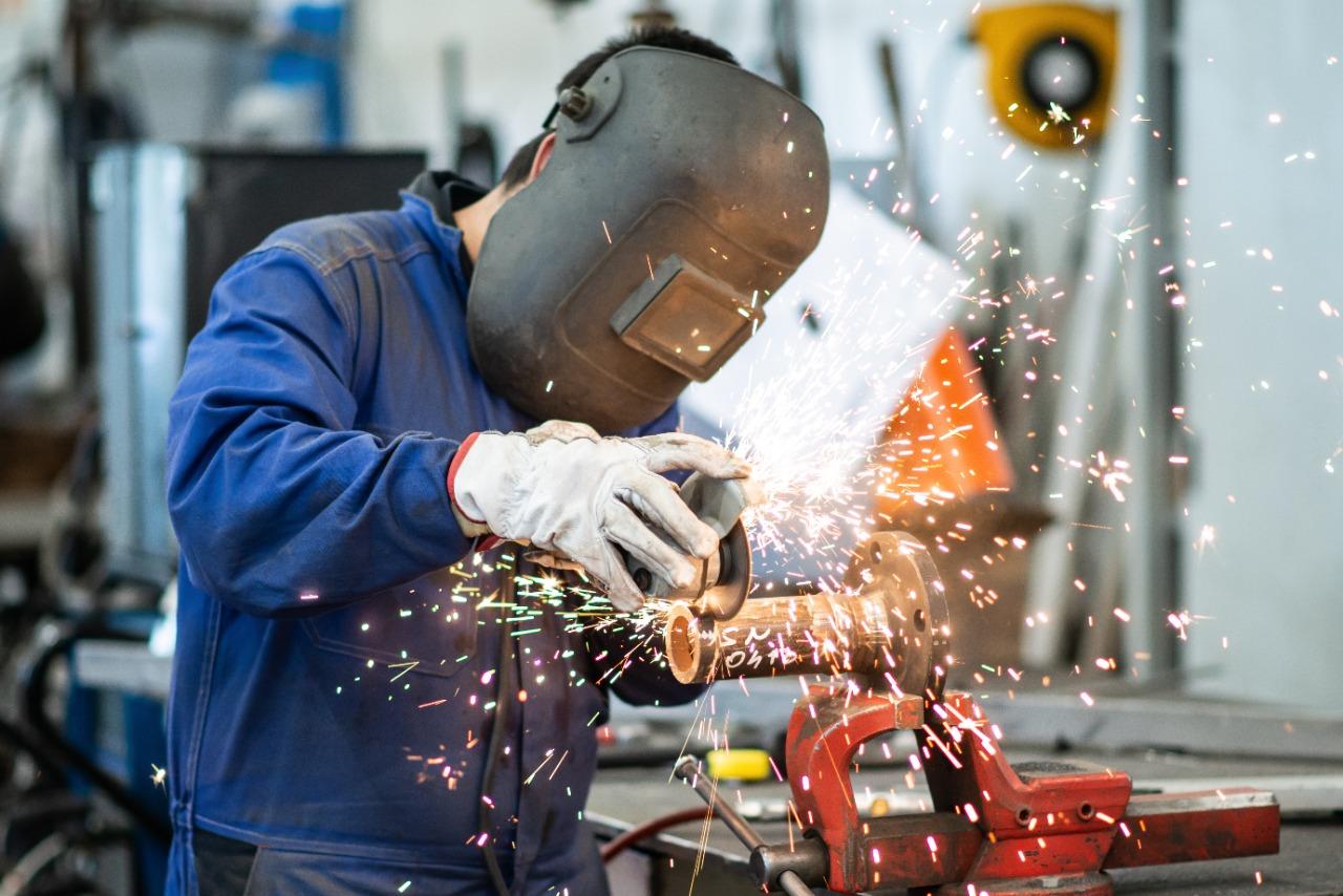 Crescimento industrial em Goiás resulta na geração de mais empregos: investimentos e atualização da política de incentivo fiscal são apontados pelo governador Ronaldo Caiado como ferramentas que ajuda
